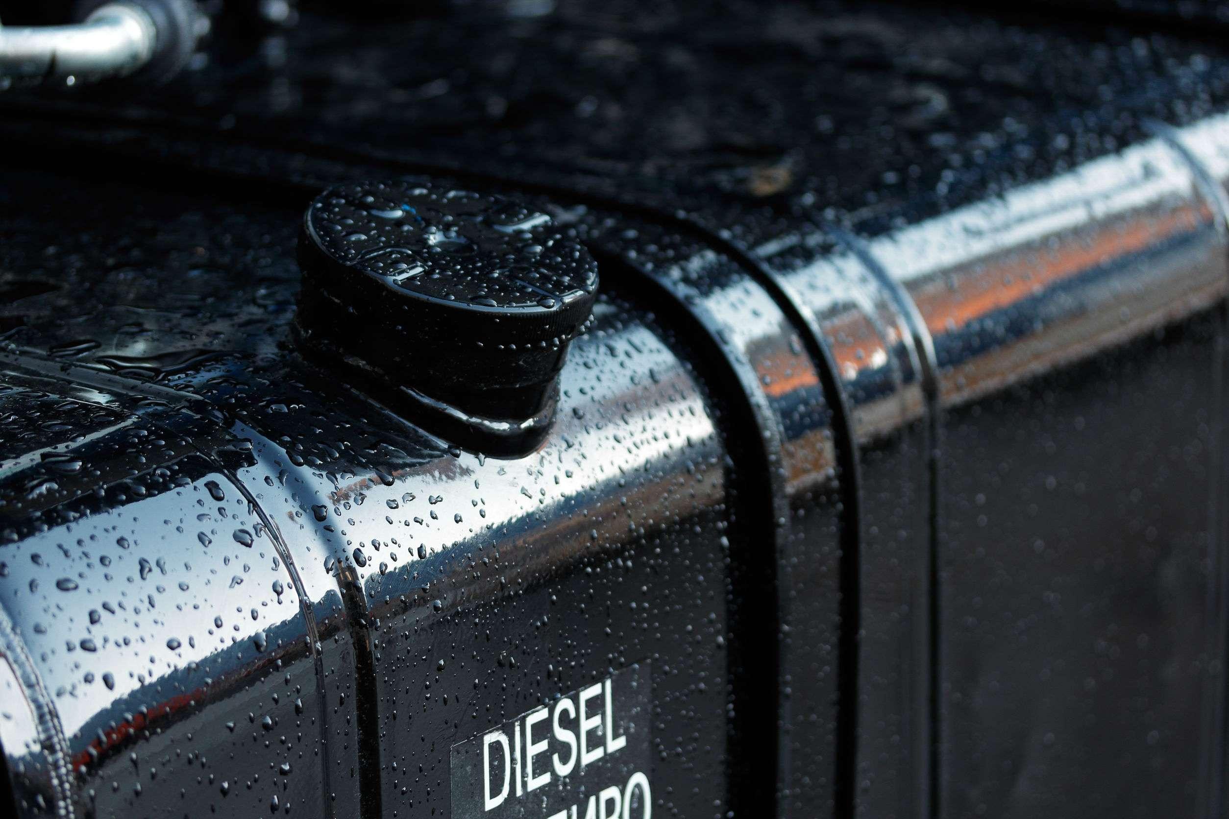 fuel tank of diesel truck Traxgo