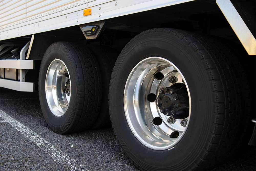 Bandenspanning_WitteVrachtwagen