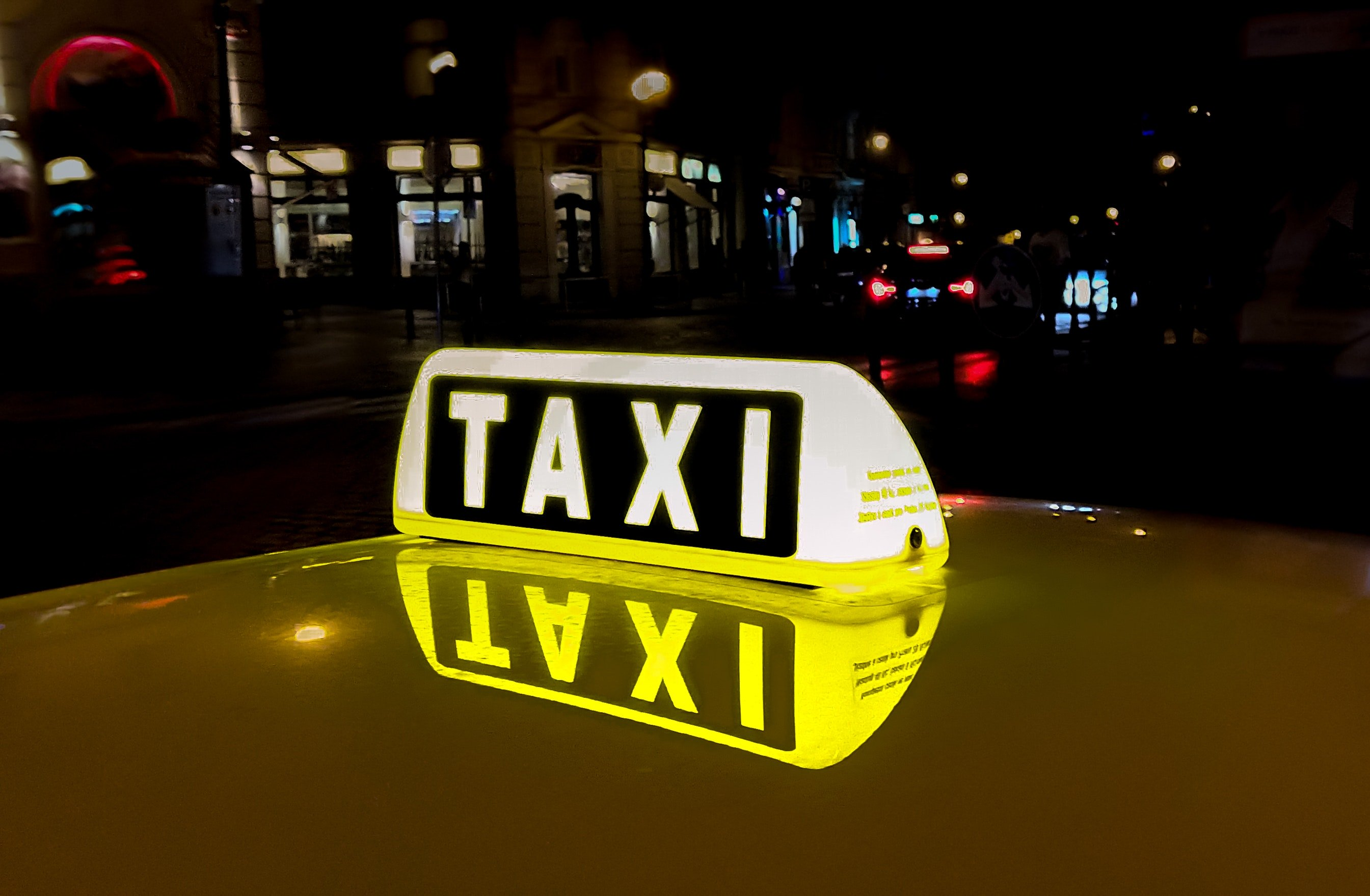 Taxidiensten