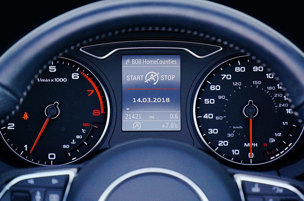 Kilometerregistratie | Voertuigvolgsysteem | Track auto | Traxgo
